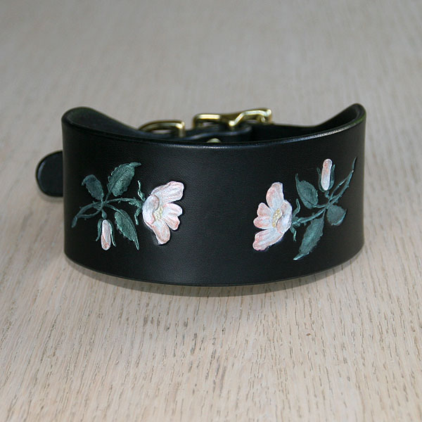 Painted Wild Roses Buckle Collar (2 inch wide)