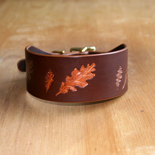 Painted Paired Oak Leaves  Buckle Collar (2 inch wide)